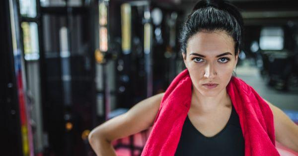 Силовая тренировка для женщин: развенчиваем мифы и делимся подборкой упражнений