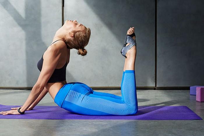 Упражнения на растяжку, которые сделают тебя подтянутой и гибкой
