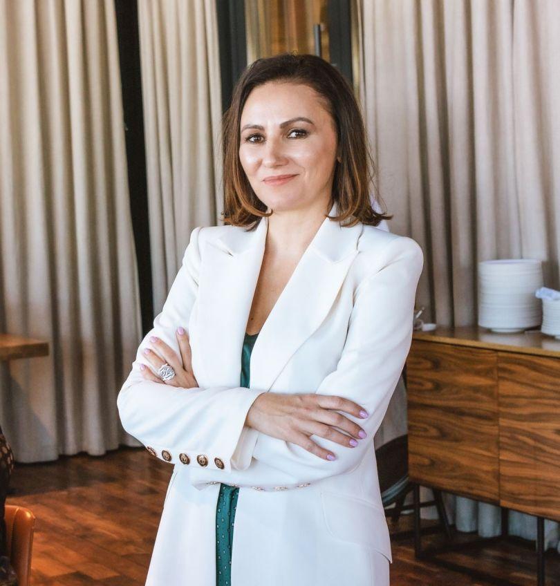 Жінка України