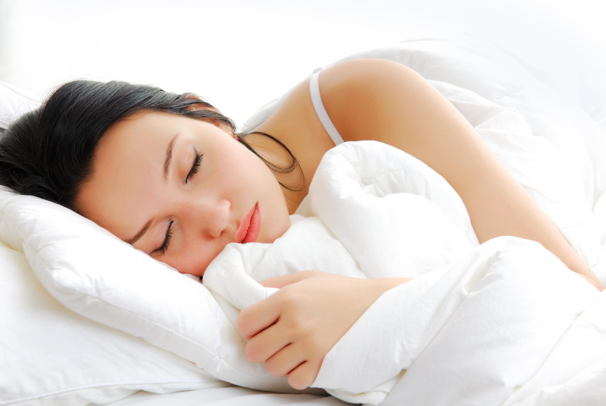 Картинки спящими девушками